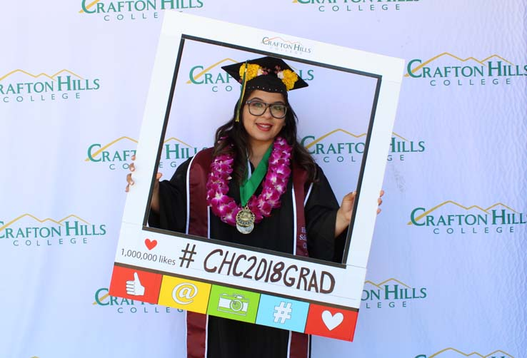 Grad Photo Booth—Morgan Paul Photos Thumbnail