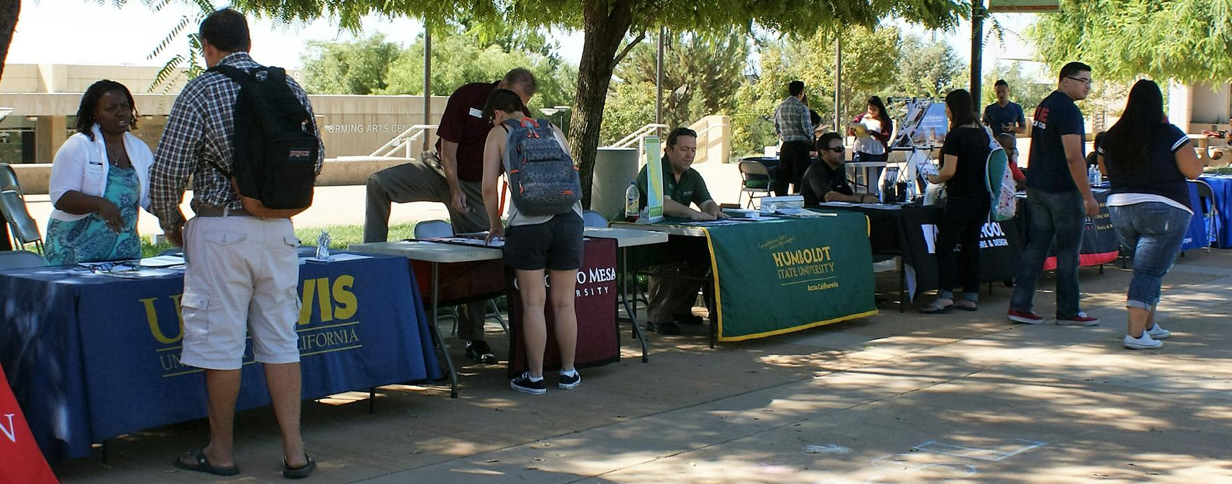 Students attending the University Transfer Fair